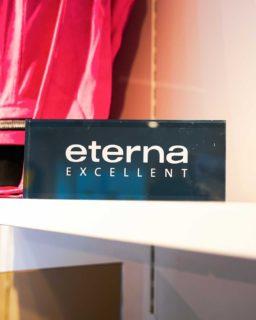 Mød ETERNA! 👋🏼  Hos Butik Asmus forhandler vi Eterna, som er et bæredygtigt tøjmærke.  ETERNA udviklede hurtigt sin egen filosofi, der stadig sætter standarden for alle deres forretningsaktiviteter i dag: Kun høj kvalitet i både udførsel og tekstiler 🙌🏼  Vi er meget glade for at forhandle ETERNA, og vi glæder os til at vise mærket frem for jer i vores butik 😍  #asmus #butikasmus #sommer #tilfestoghverdag #viglæderostilatsedig #visesibutikken #fashion #style #lyngby #beautiful #butik #fashionstyle #tøj #dametøj #mode #clothes #ladies #eterna #eternamode